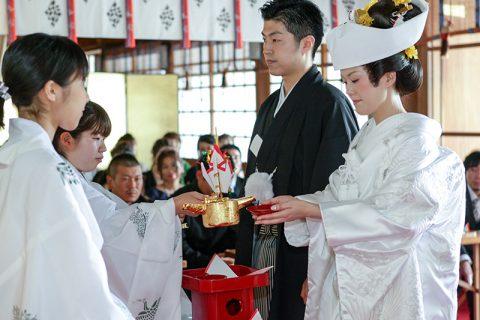 群馬県和婚神前式神社三三九度
