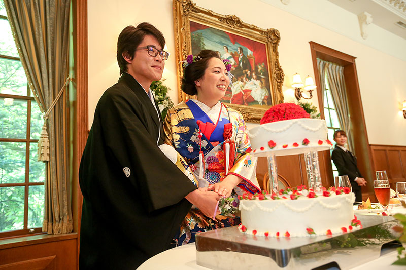 和婚ウェディングケーキ入刀