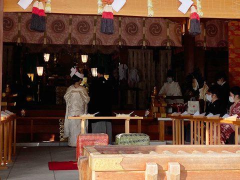 進雄神社神前結婚式